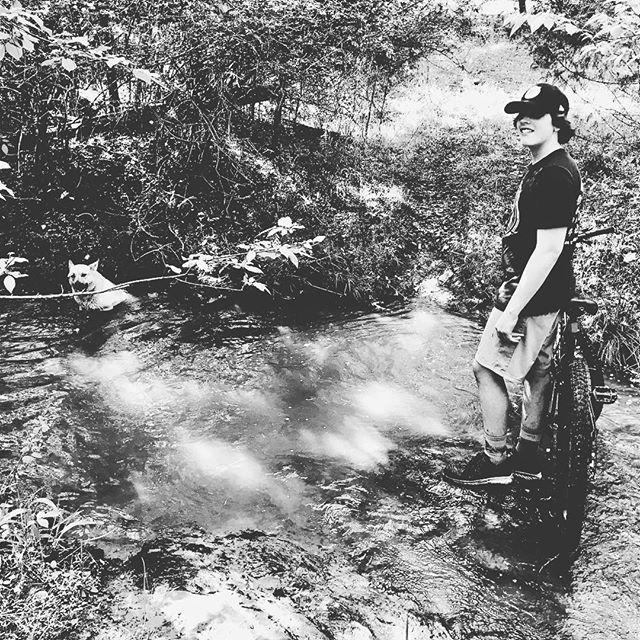#mtb making trails with Samson & Bonnie #gottacooloff