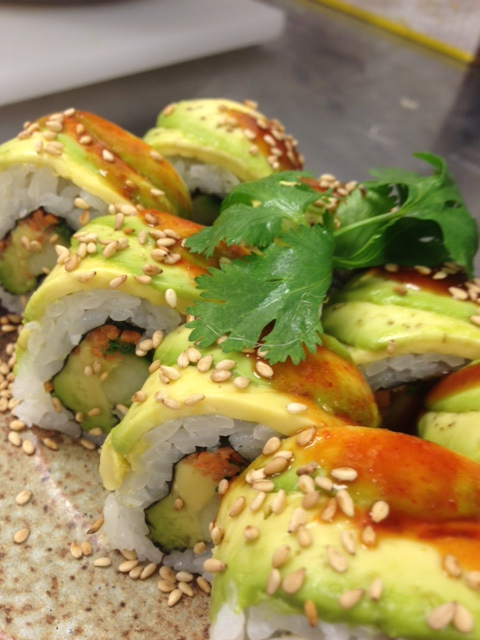 avocado lover roll.JPG