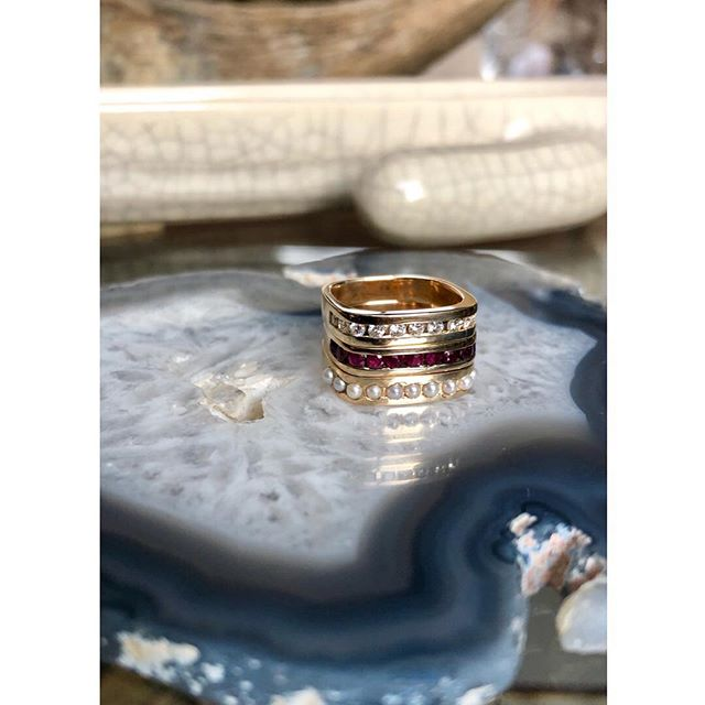 Diamonds, Rubies and Pearls  Oh my! 🥰 • #1533jewelry #1533 #14kgold #gold #diamonds #rubies #pearls #channelsetting #showmeyourrings