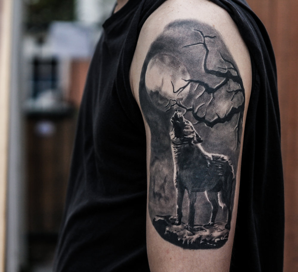 Wolf Howling At The Moon Tattoos Pictures Archidev