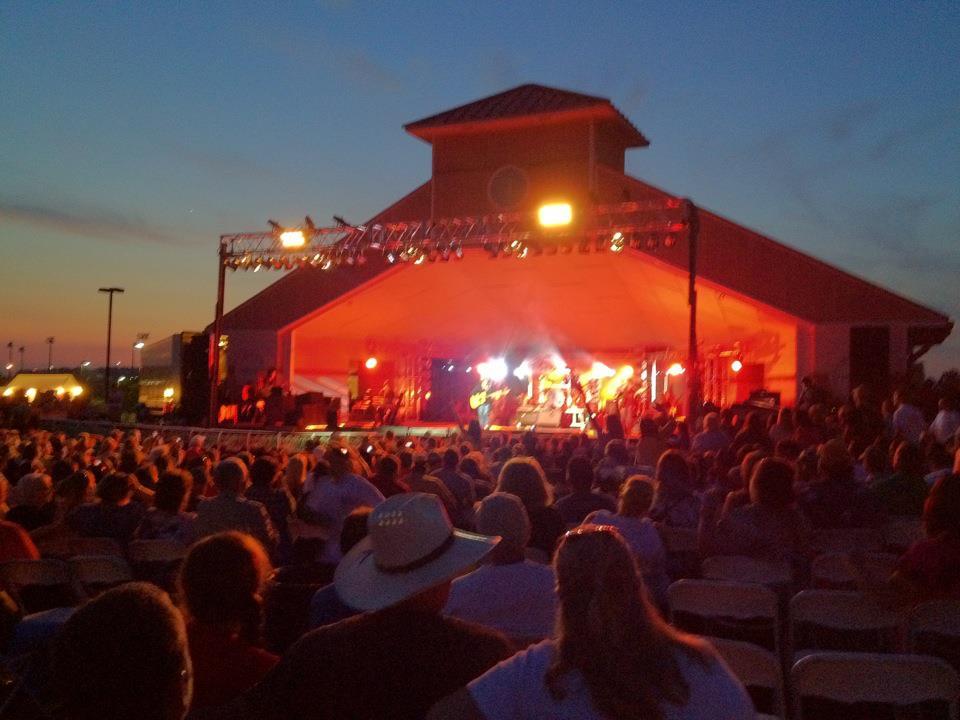 Travis Tritt Concert.jpg