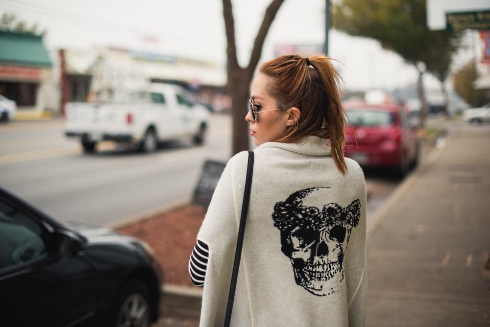 skull-cashemere-vest.jpg