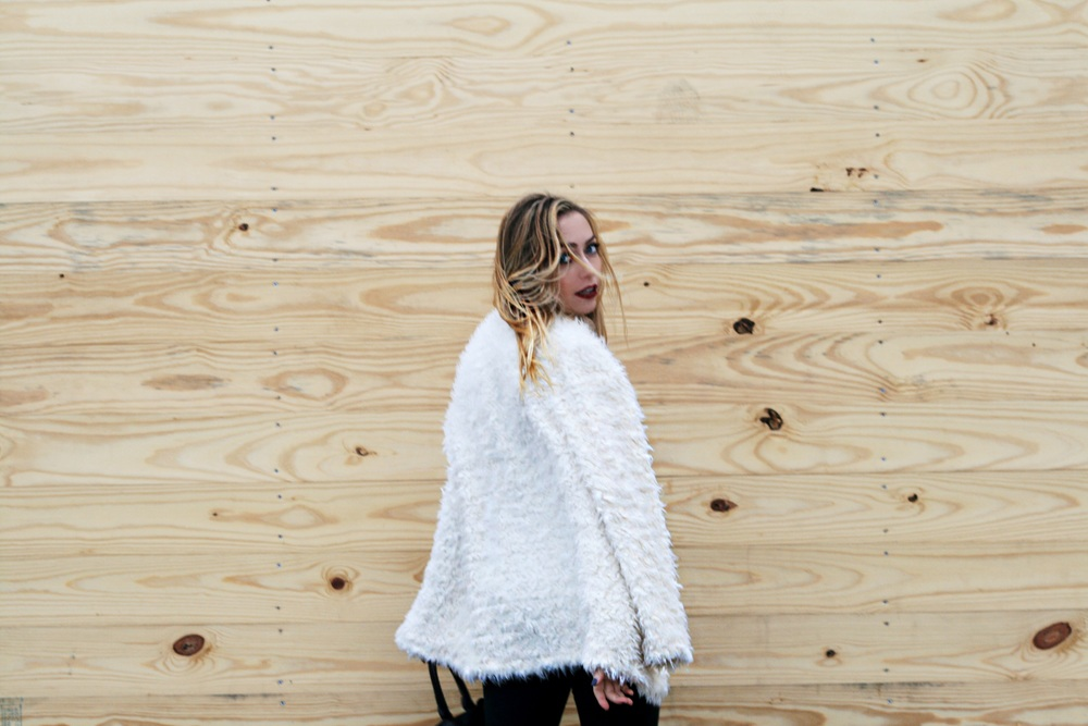 white-faux-fur.jpg