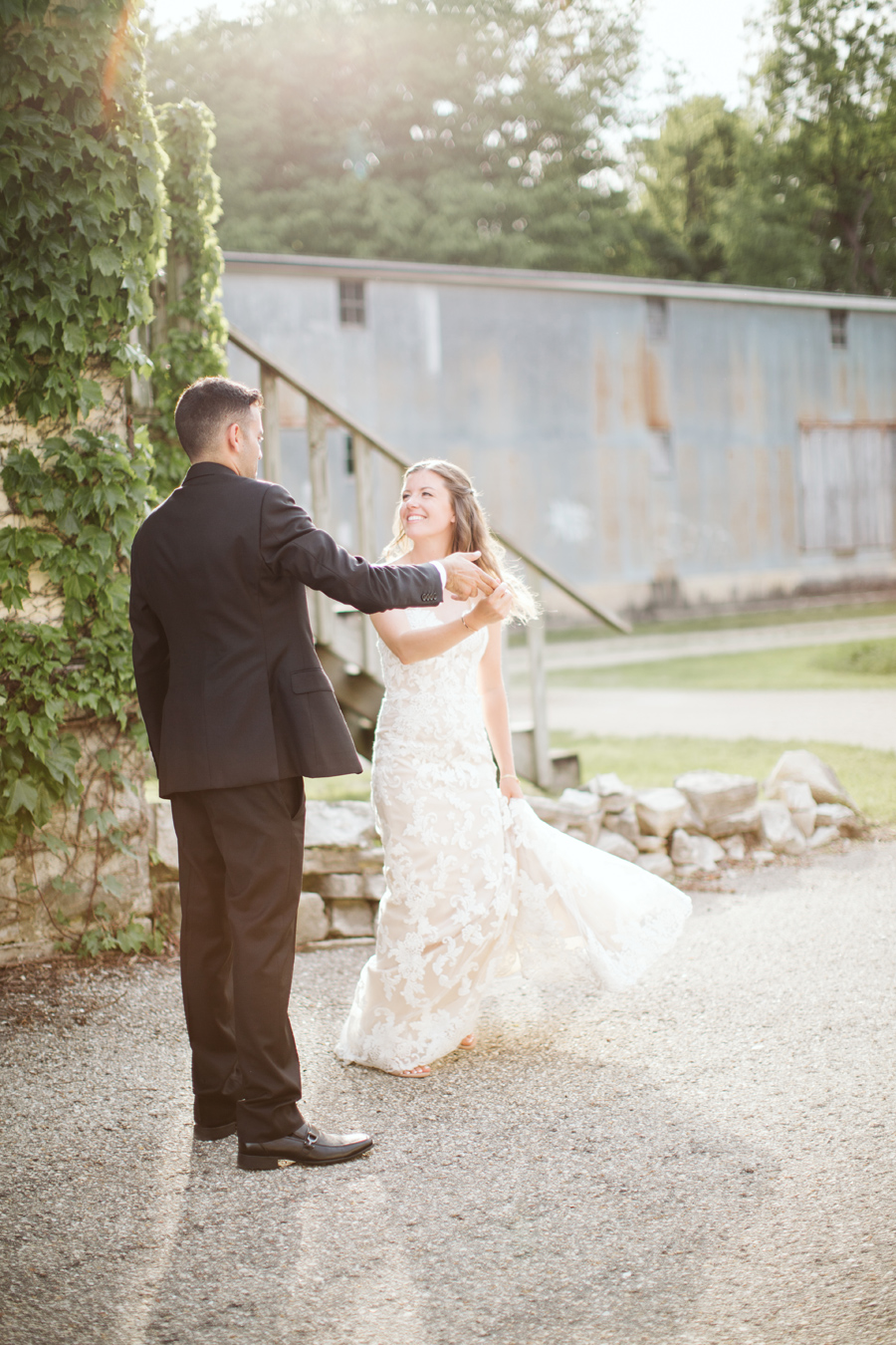 puya colleen s classic wedding at the lageret stoughton wi