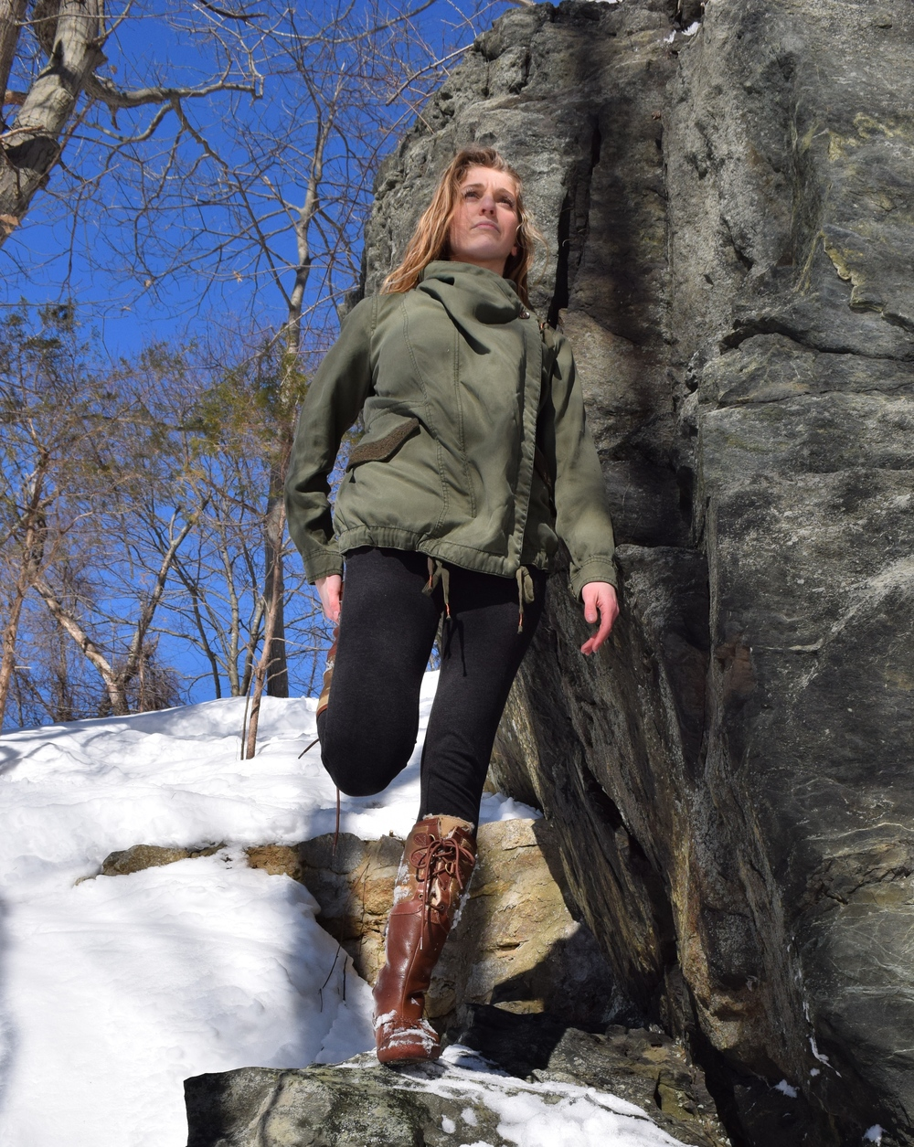 ~Four Seasons Pose~  -Begin in Mountain Pose, focusing on a single eye level point ahead of you.  -Shift weight to left foot as you release the right foot from the floor, bending at the knee to bring the top of the foot into your right hand.  -Knees remain parallel to each other, hip-width apart, as you lift the right heel towards the right glute.  -Release the right quad, keep the hips neutral, and engage the glutes to intensify the stretch.  -Continue pulling up through the crown of the head as you take 3 deep inhales and exhales.  -Gently release the foot back into Mountain Pose.  -Repeat on other side.