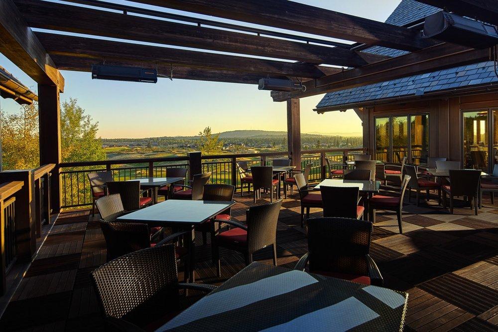 tetherow-dining-outdoor-patio-101-1920x995.jpg