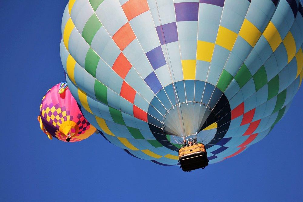 activity-adventure-aerial-207241.jpg