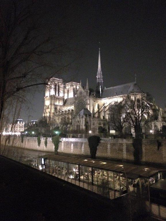 Notre Dame - at Rue Du Pot De Fer