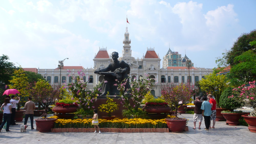 Ho_Chi_Minh_City_Hall_1.jpg
