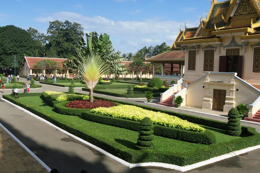 Royal Palace Cambodia 5.jpg