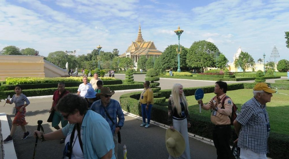 Royal Palace Cambodia 4.jpg