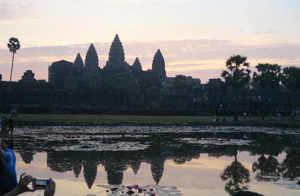 angkor-wat-temple-sunrise24.jpg