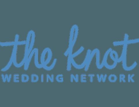 BREEZIN-THE-KNOT-LOGO (1).png