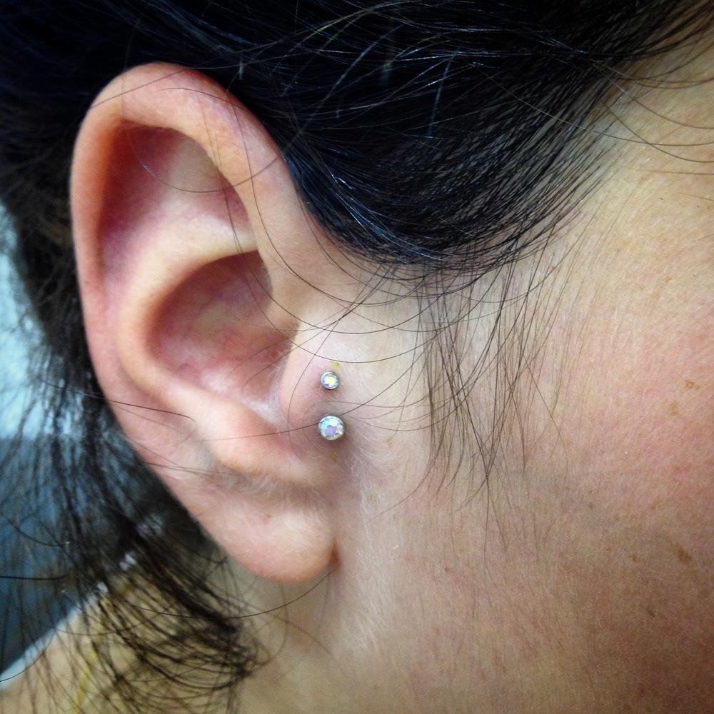 double tragus piercing
