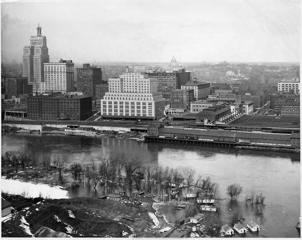 1932 View of Custom House