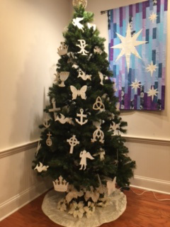 Christmon tree created by Art Class.