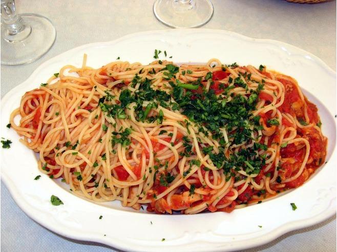 Spaghetti marinara at La Lanterna Riomaggiore