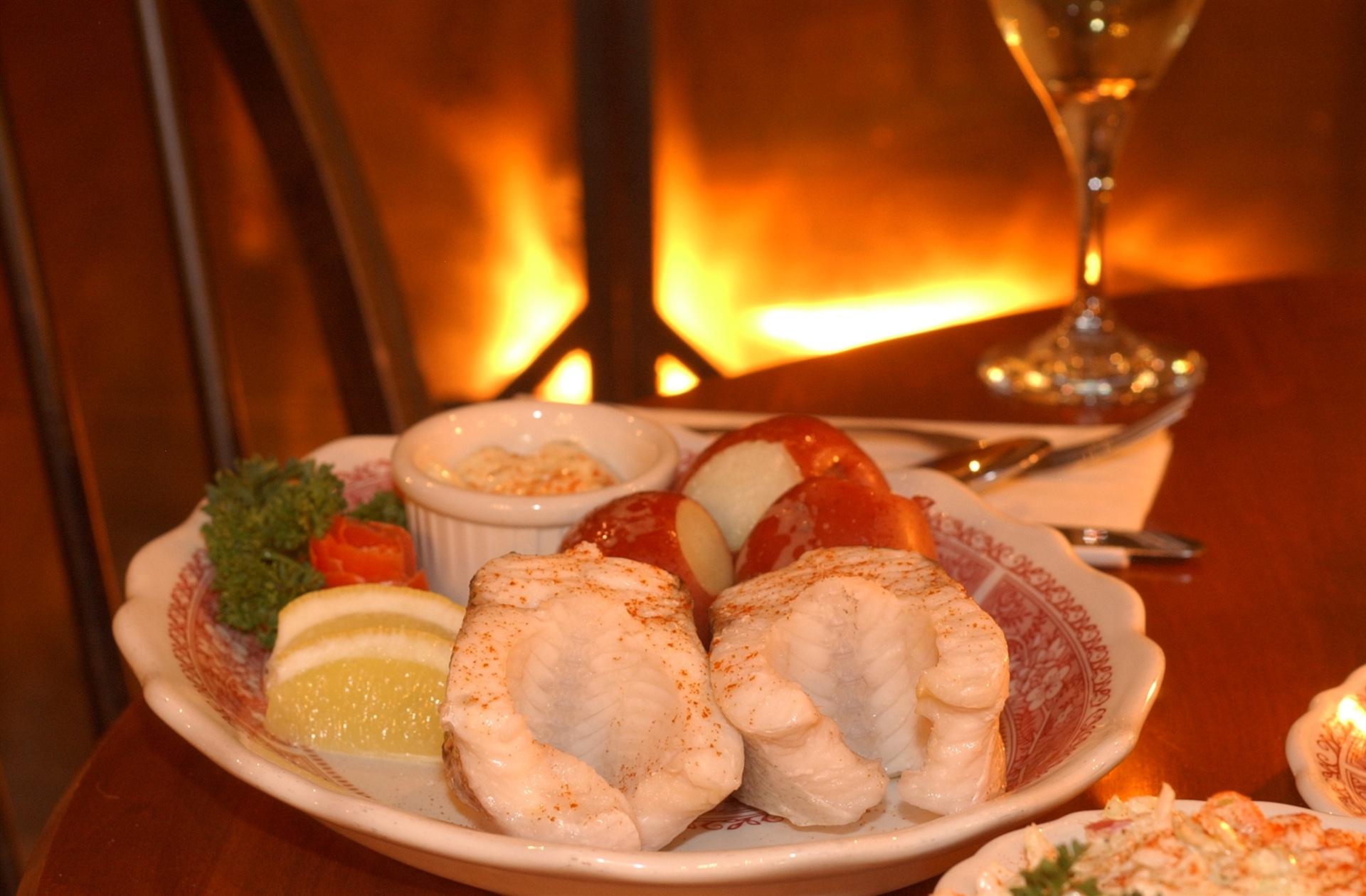 White Gull Inn Fish Boil 2