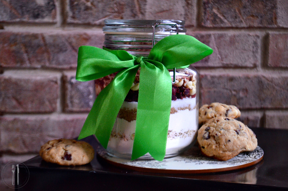 White Chocolate Strawberry Cookie Mix