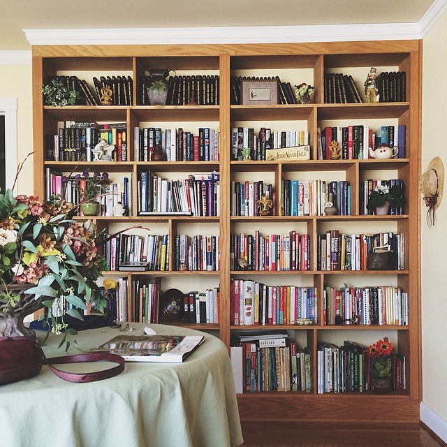 Rental House Bookshelf