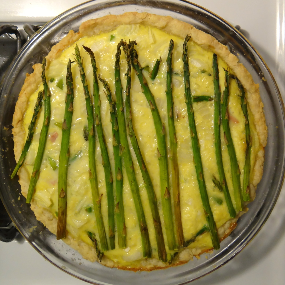 Asparagus Ham and Gruyere Quiche