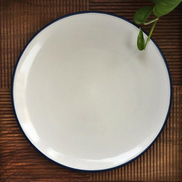 Dansk Kobenstyle platter. (Image via @paperplatesblog on Instagram)