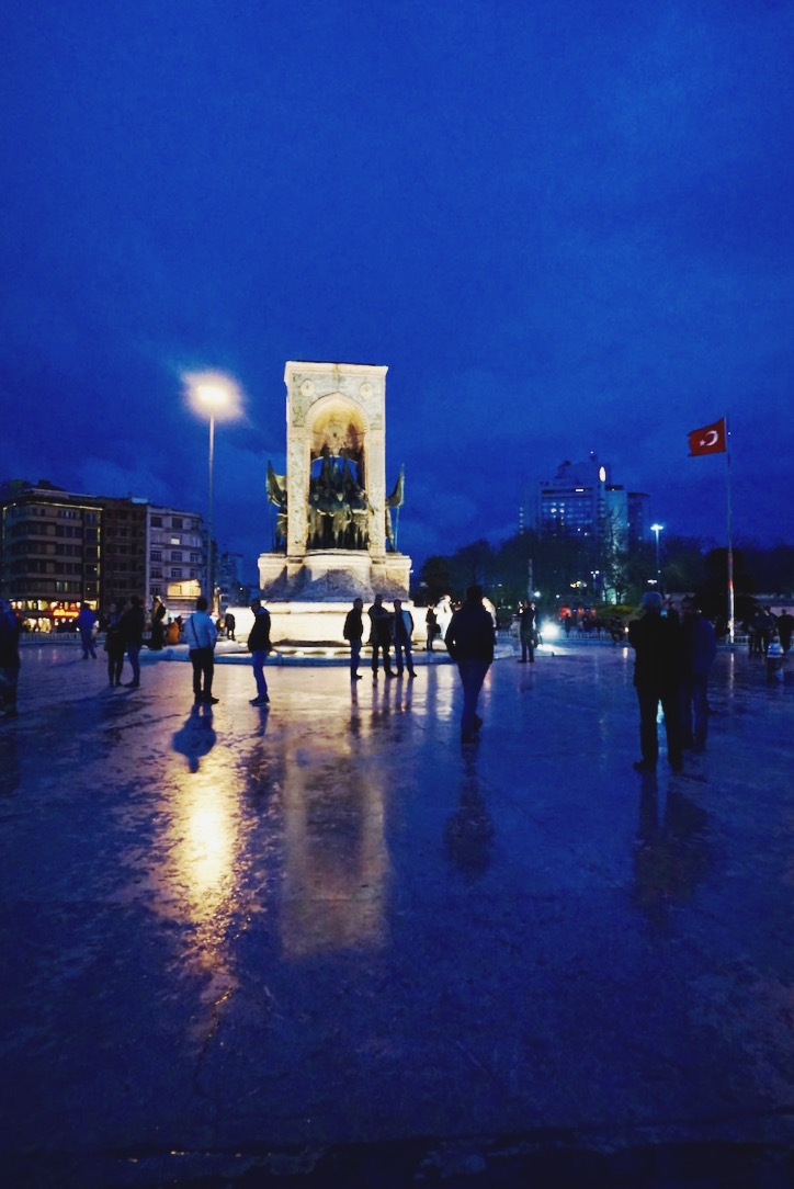 Taksim Square by night | www.paperplatesblog.com