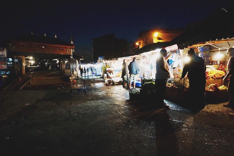 Karakoy fish market | www.paperplatesblog.com