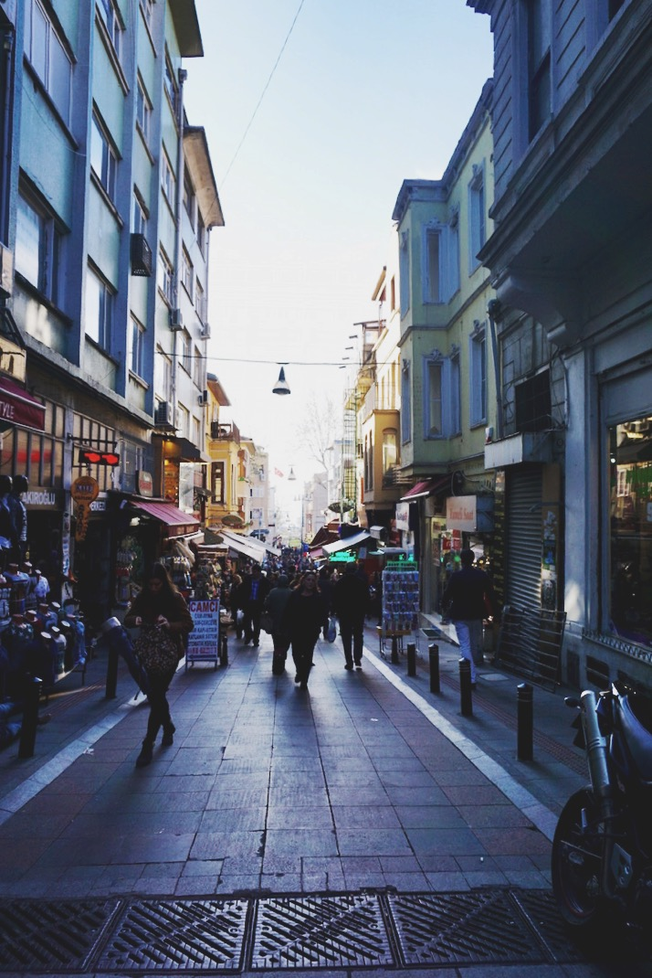 Walking the Kadikoy neighborhood on Istanbul's Asian side | www.paperplatesblog.com