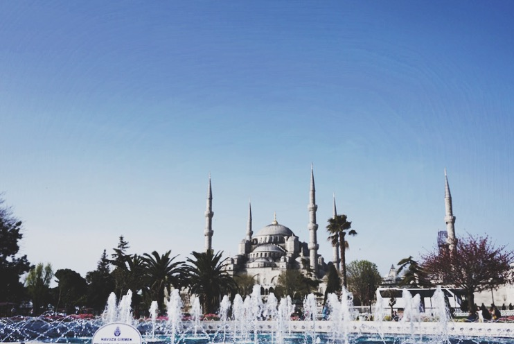 The Blue Mosque | www.paperplatesblog.com