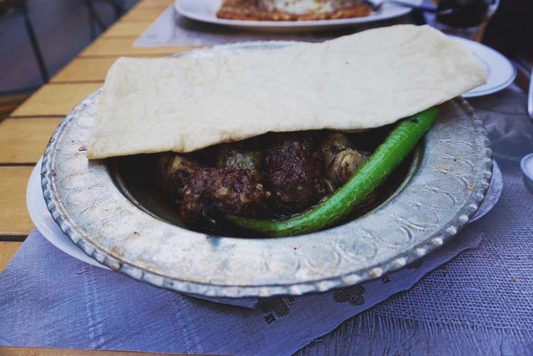 Istanbul food diary - garlic kebap