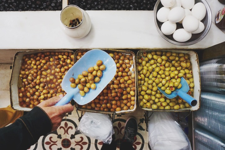 Istanbul food guide - olives
