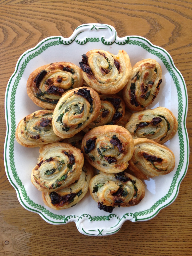 """Griffin & Sabine: An Extraordinary Correspondence"" by Nick Bantock & sundried tomato and spinach pinwheels 