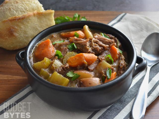 Rosemary Garlic Beef Stew via @budgetbytes