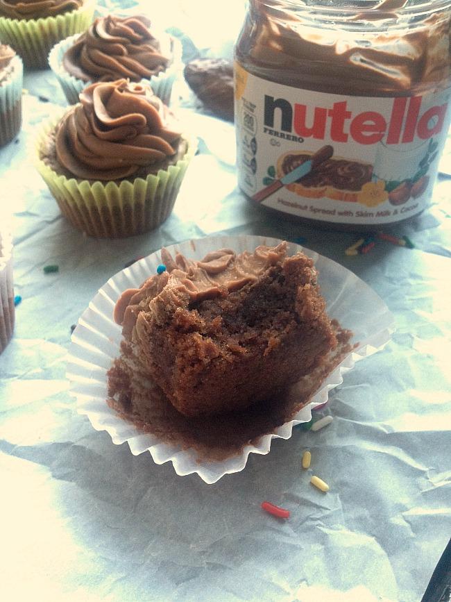 chocolate-hazelnut-brownie-cupcakes