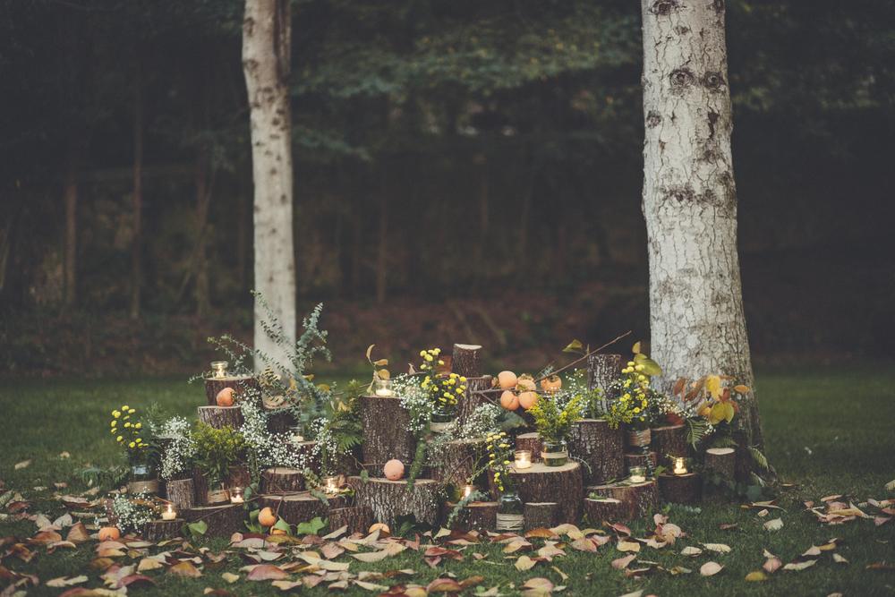 El rústico de la madera, los árboles frutales, las velas… nos ayudan a dar este color espectacular en otoño.