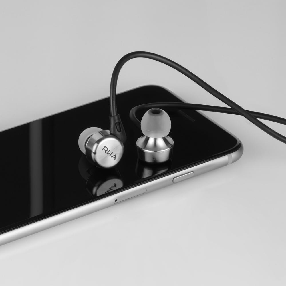 iphone---MA750i-thumbnail.png