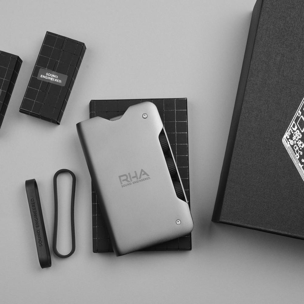 Dacamp-pack-contents-thumb.jpg