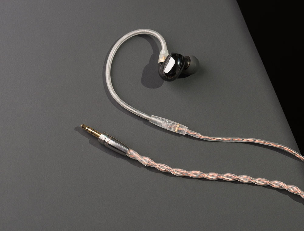 RHA CL2 Planar on braided copper cable.jpg