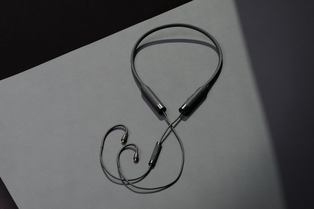 RHA CL2 Planar wireless neckband detail 3.jpg