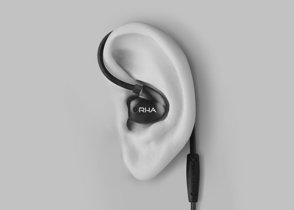 RHA T20i - factual - hook wearing style with ear.jpg