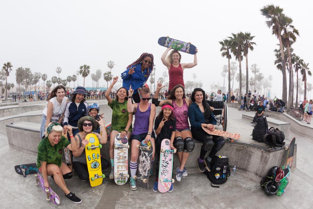 LA Girls Skate Sesh - Venice Beach