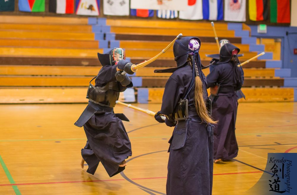 Seminar practice: shomen uchi.  Photo by event photographer Kendo Photography (Seattle).