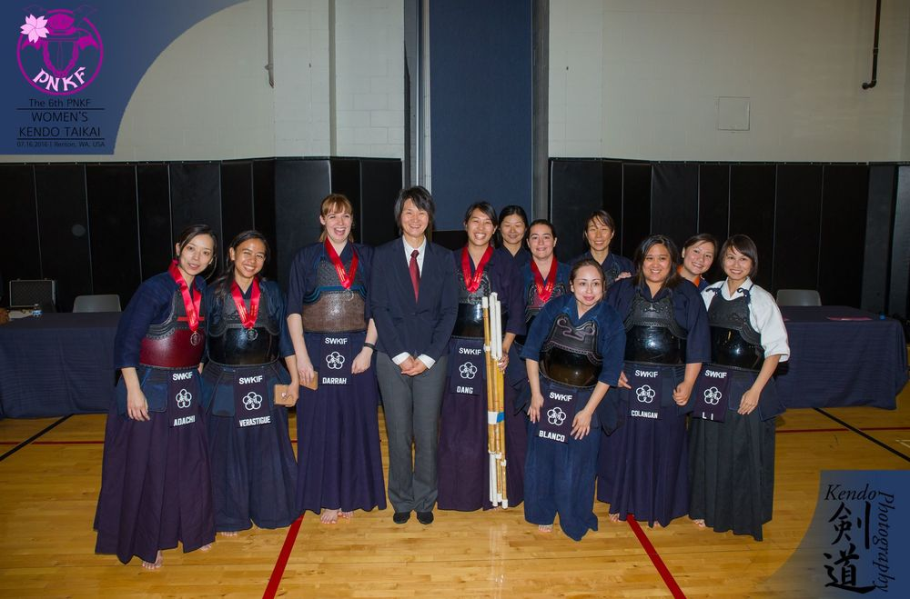 The delegation from the Southwestern Kendo Federation (mostly Texas).  Photo by event photographer Kendo Photography (Seattle).