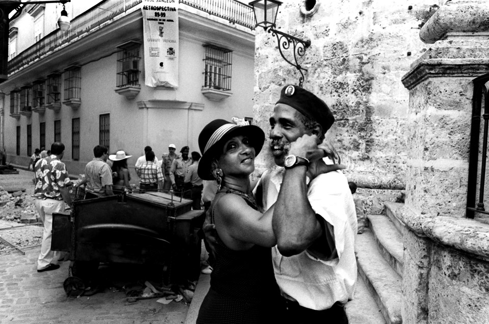 professional dancers in havanna , cuba    1999