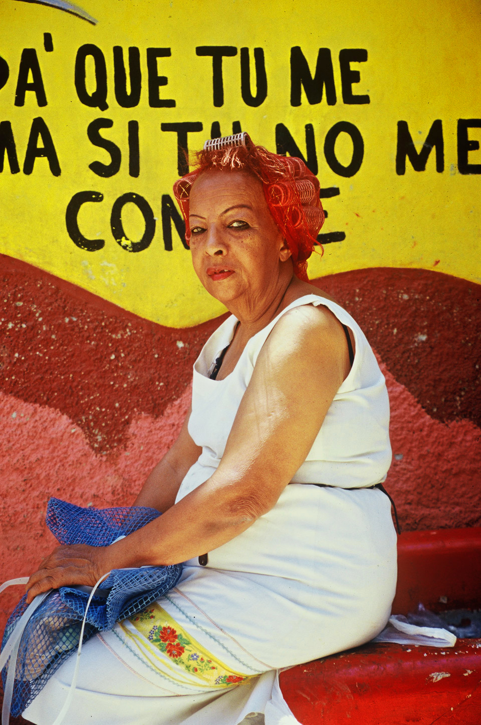 woman with curler, callejon de hamel  , havanna, cuba  1999