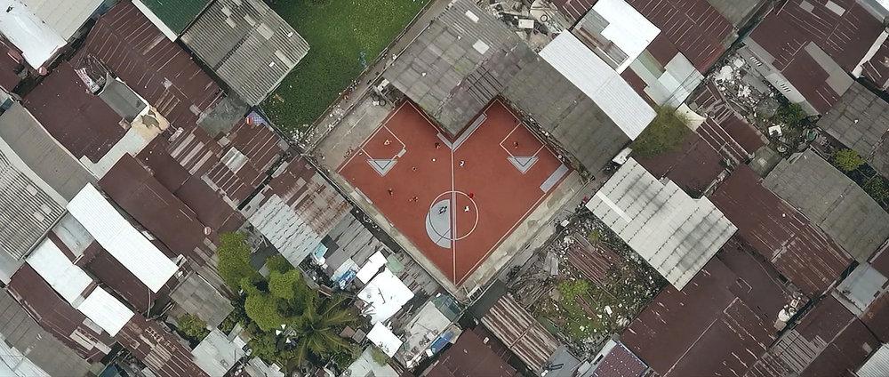 unusual-football-pitch-ap-thai-cj-worx-bangkok-thailand_dezeen_1704_col_0.jpg