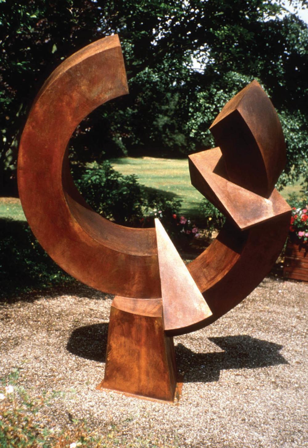 sculpturepeace01.jpg