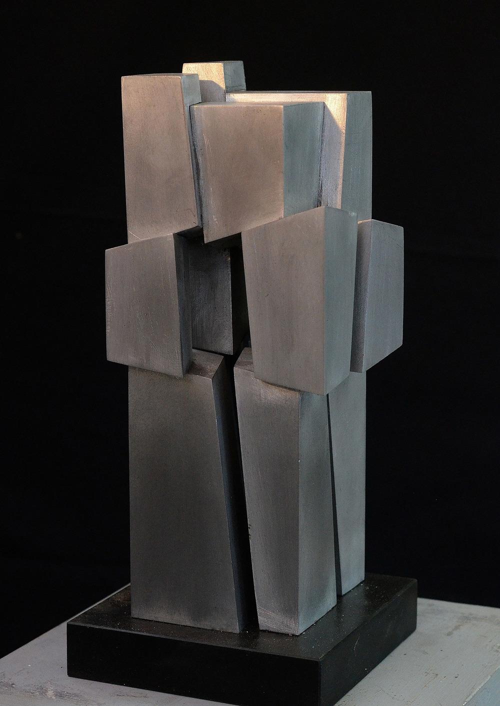 divided-prism-102.jpg
