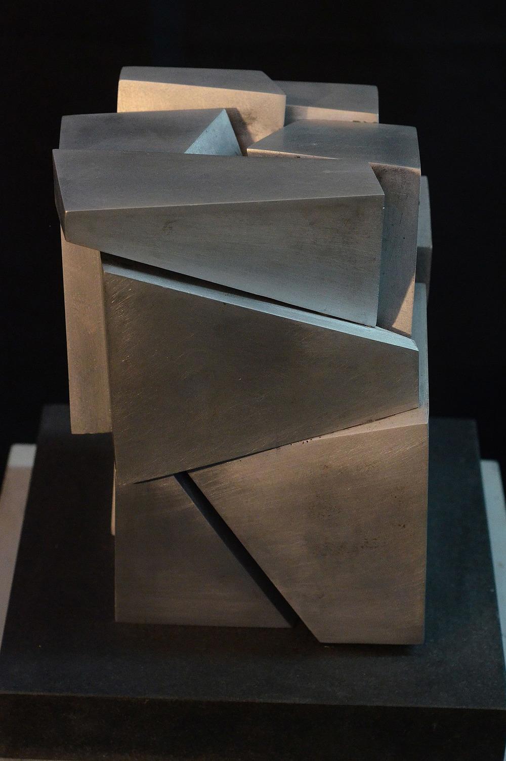 segmented-prism-101.jpg